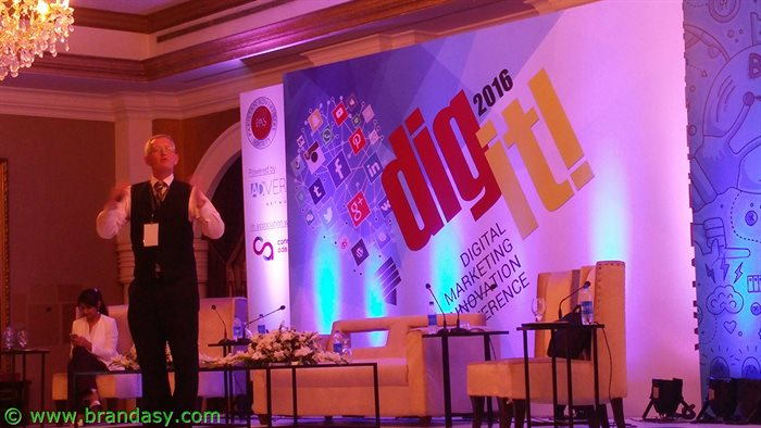 Digit '16 -Michael Leander